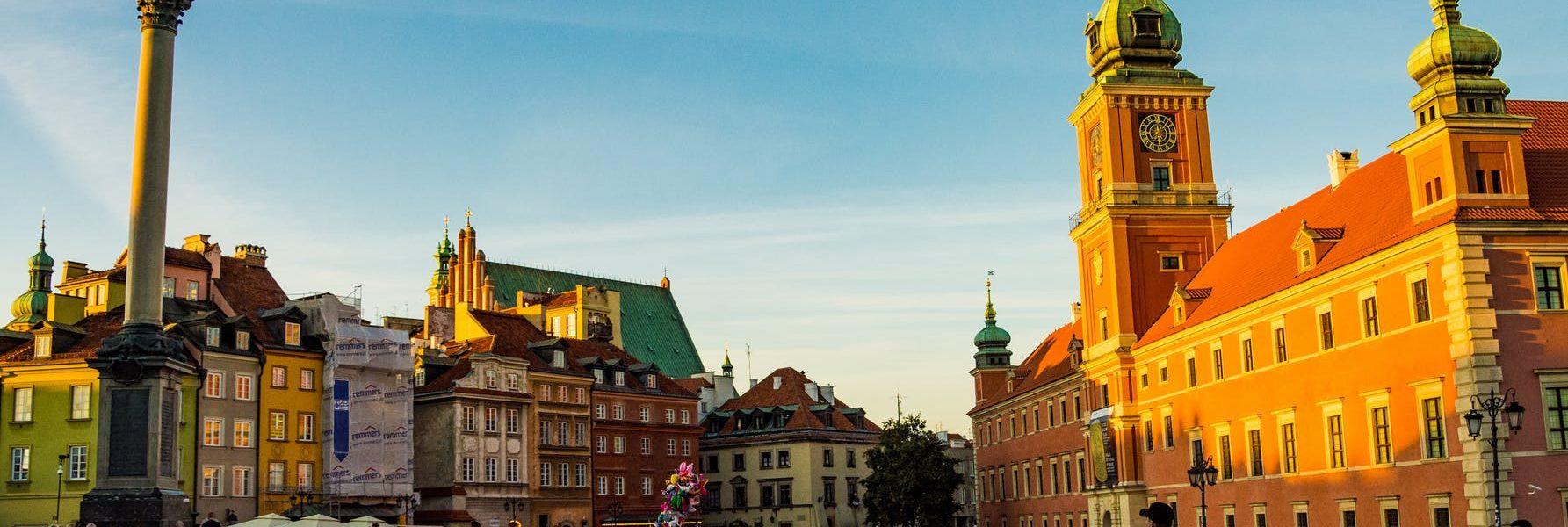 który król przeniósł stolicę do Warszawy