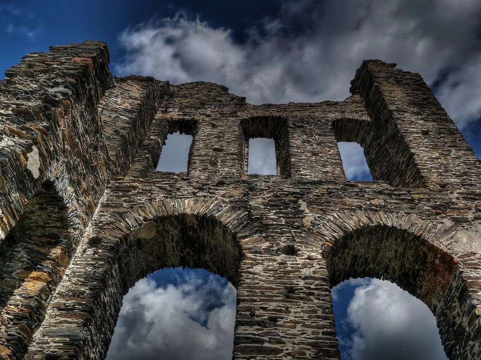 najstarszy zamek na świecie