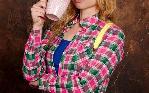 która herbata ma najwięcej kofeiny?
