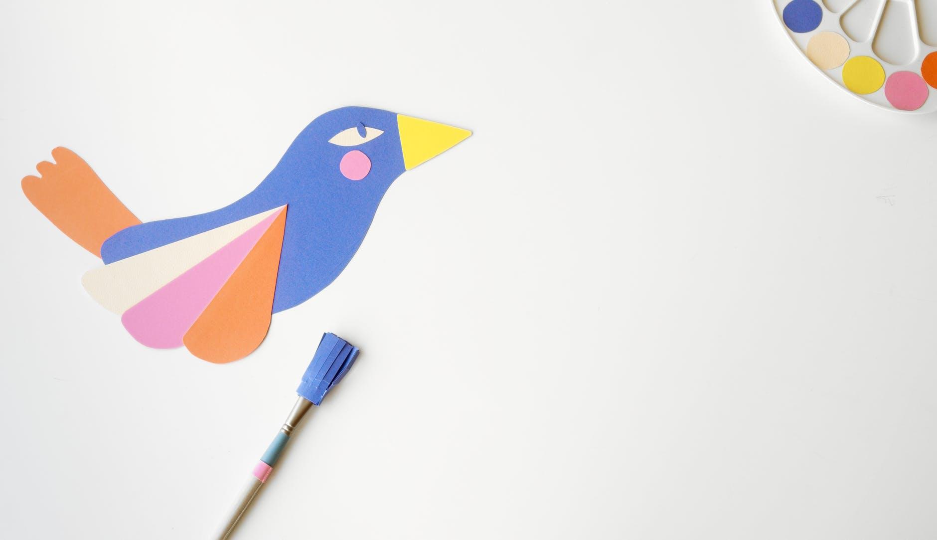 ptak.z żółtym dziobem